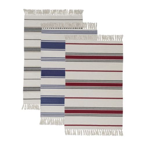 SIGNE Rug, flatwoven   The rug is hand-woven by skilled craftspeople and adds a personal touch to your room.