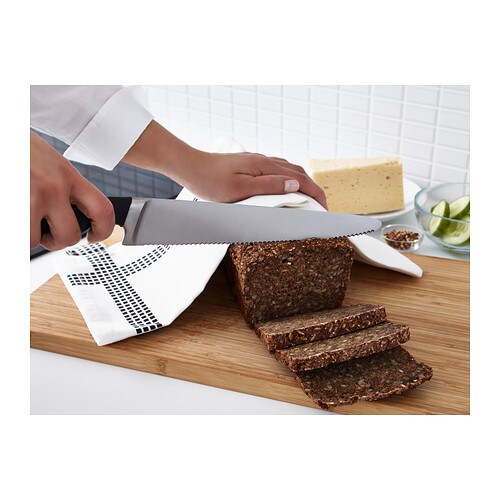 VÖRDA Bread knife   The knife has a serrated edge which makes it easy to slice bread and cut soft vegetables such as tomatoes.