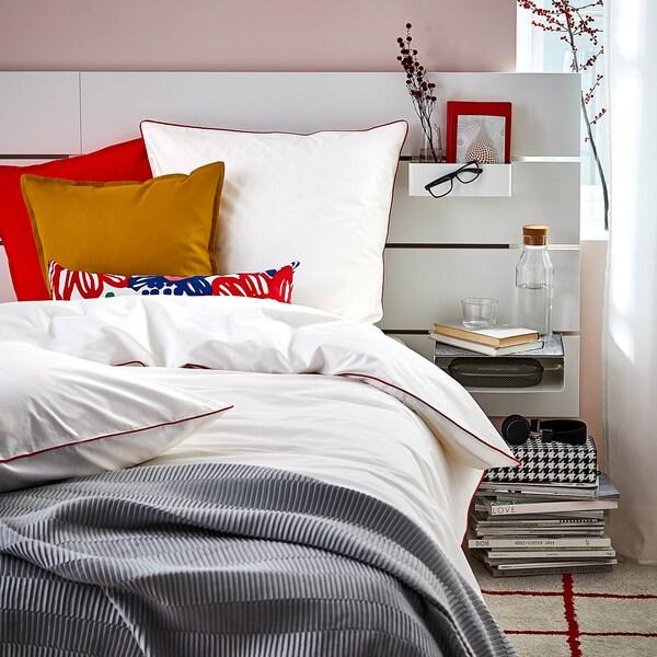 KUNGSBLOMMA Sarung kuilt dan 4 sarung bantal, putih/merah, 240x220/50x80 cm