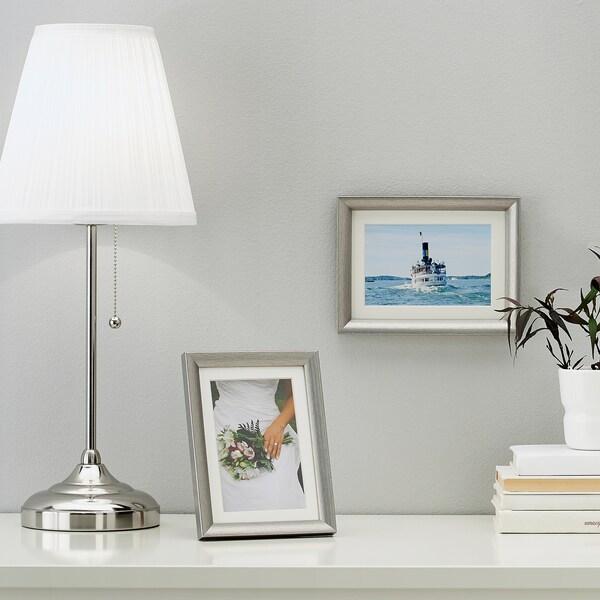 SILVERHÖJDEN Bingkai, warna perak, 13x18 cm