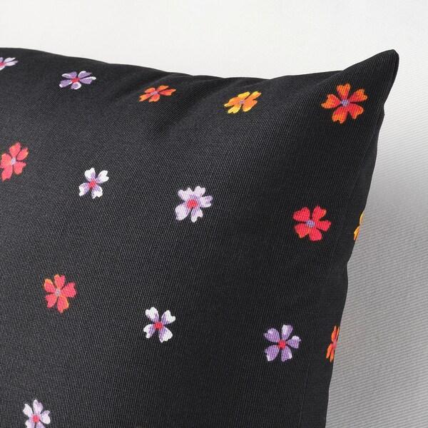 SOMMARBINKA Kusyen, hitam/pelbagai warna, 30x58 cm