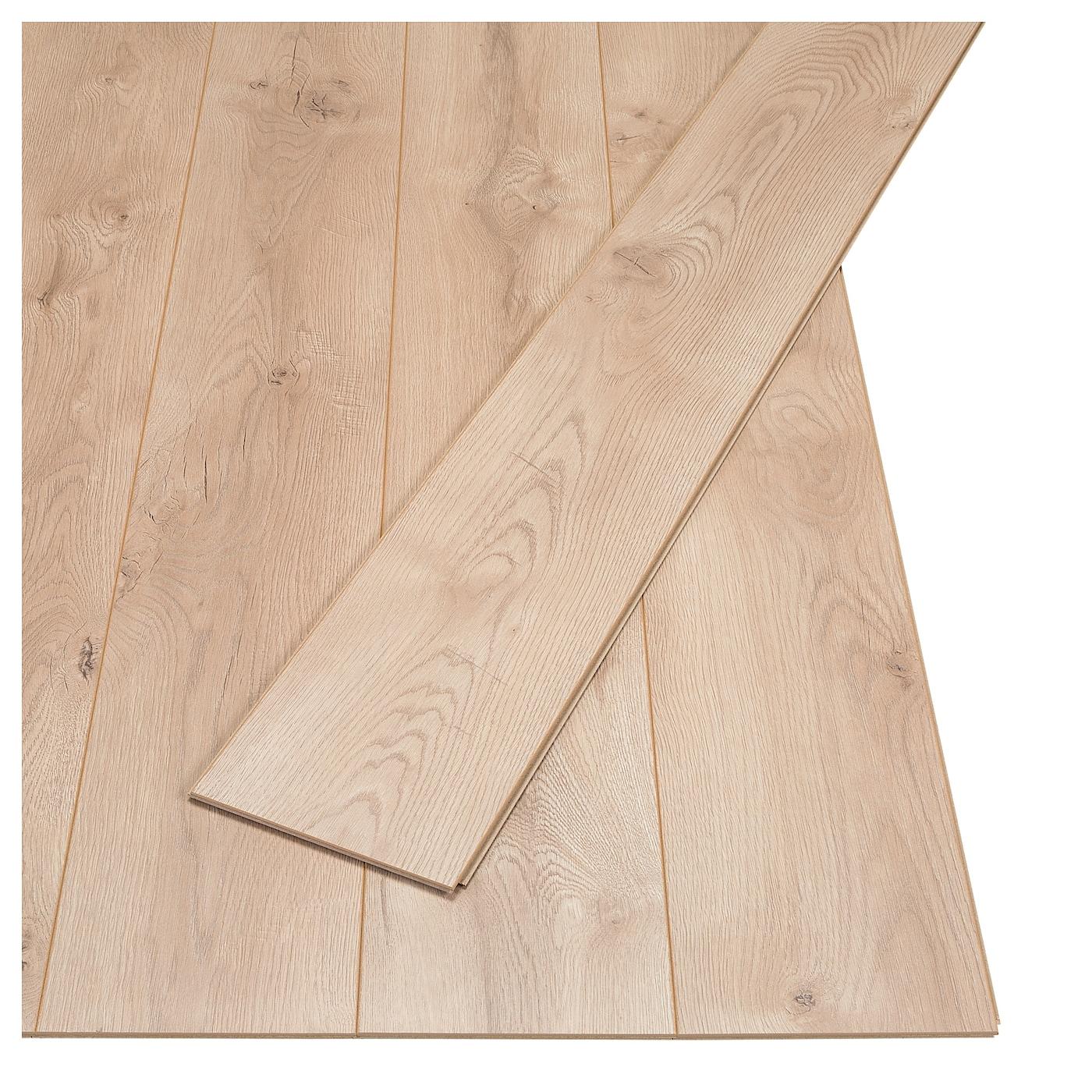 Golv Laminated Flooring Oak Effect 2