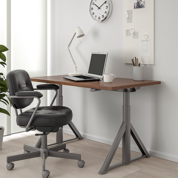 IDÅSEN Desk sit/stand, brown/dark grey, 120x70 cm