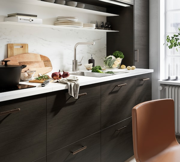 METOD Corner wall cabinet with shelves, white Askersund/dark brown ash effect, 68x100 cm