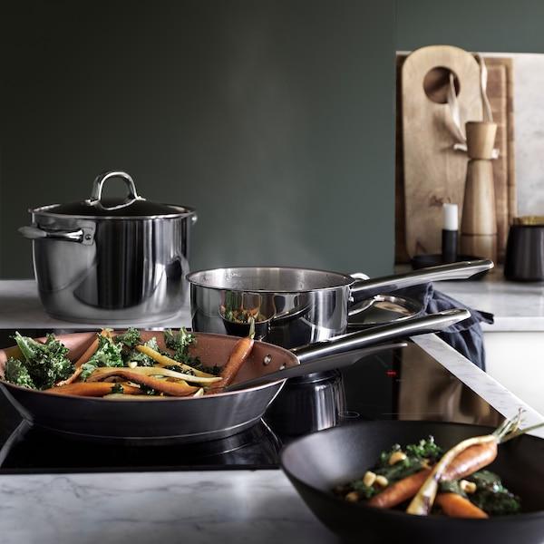 OUMBÄRLIG Frying pan, copper-colour, 28 cm