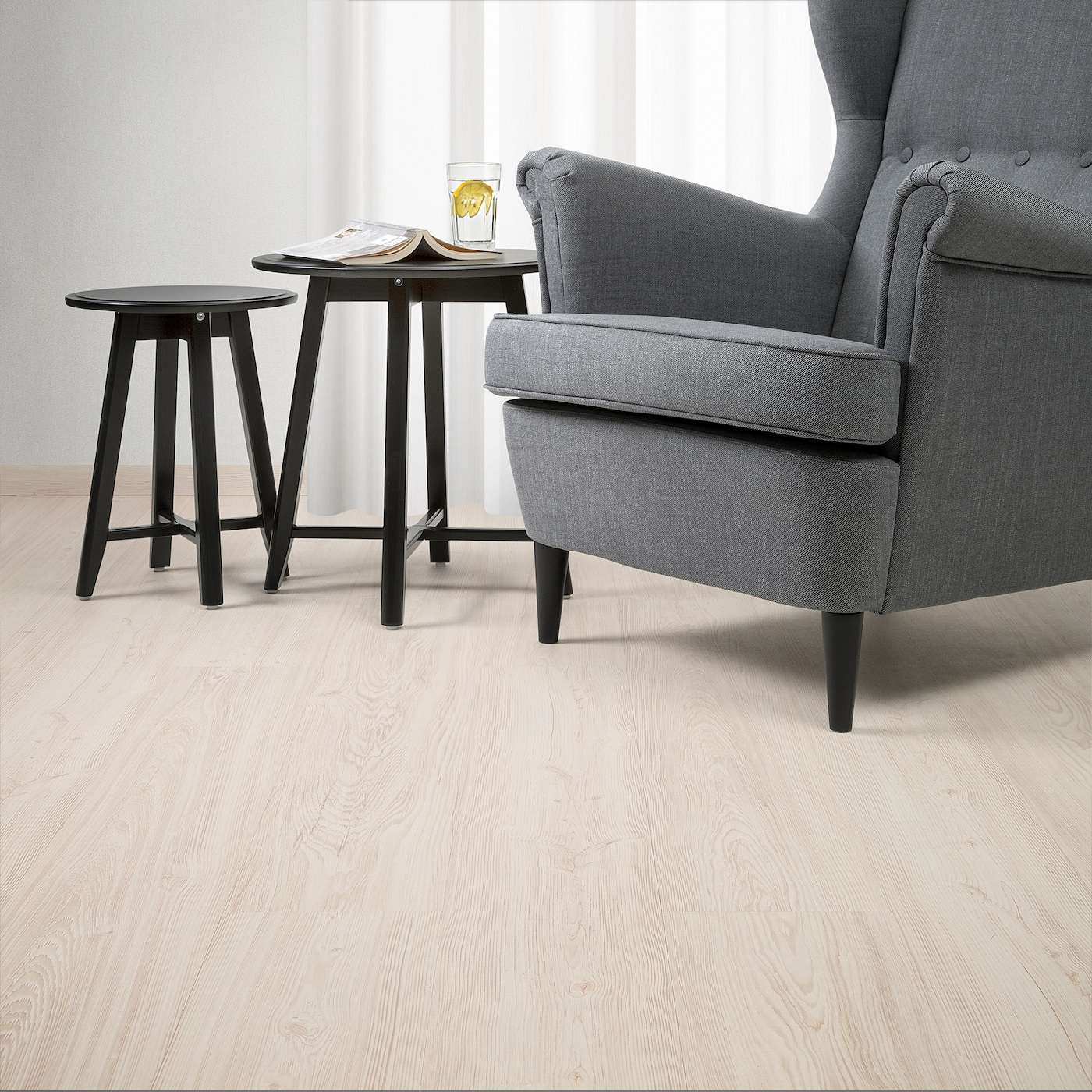 SLÄTTEN Laminated flooring - pine effect 4.4 m²