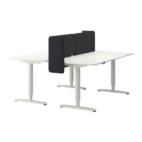 Bureau Tafel Ikea Wit.Bekant Bureau Zit Sta Met Afscherming Ikea