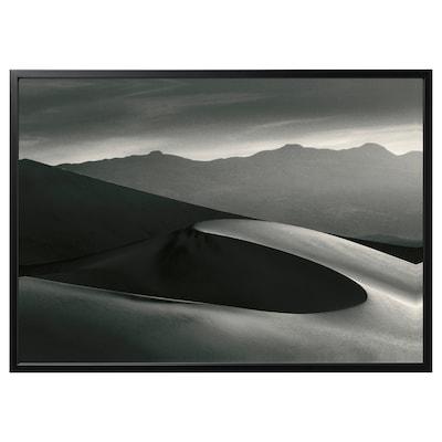 BJÖRKSTA foto met lijst Woestijn/zwart 140 cm 100 cm