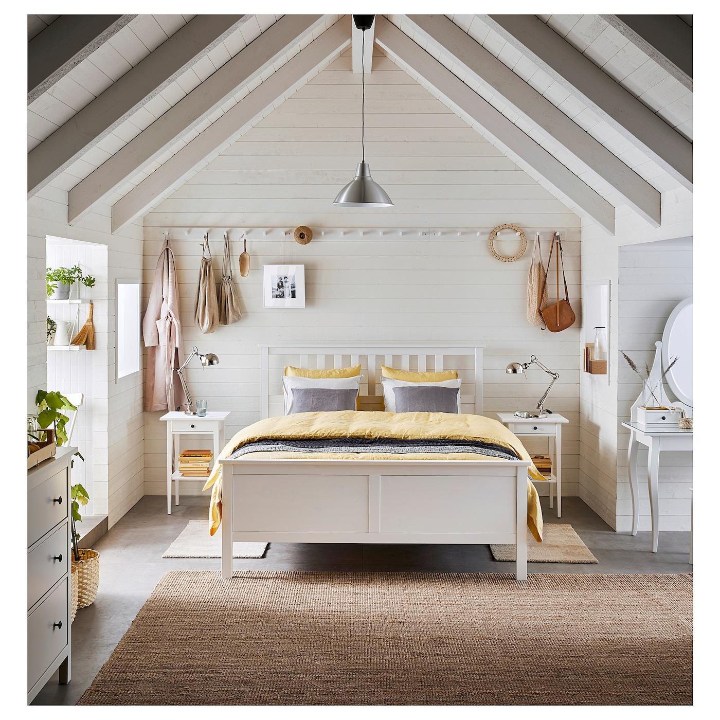 Hemnes Bedbank Ikea.Hemnes Bedframe Wit Gebeitst 160x200 Cm Ikea