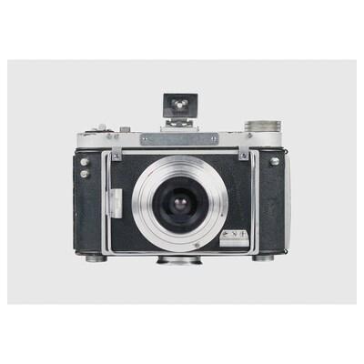 PJÄTTERYD Afbeelding zonder lijst, Legendarische camera, 100x70 cm