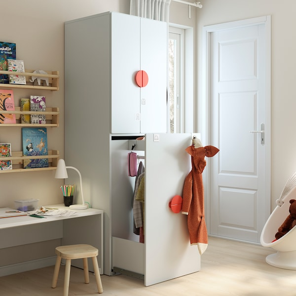SMÅSTAD Kledingkast mt uittrekbaar gedeelte, wit bleekturkoois/met kledingroede, 60x57x196 cm