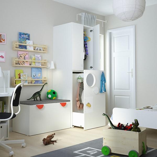 SMÅSTAD Kledingkast mt uittrekbaar gedeelte, wit wit/met kledingroede, 60x57x196 cm