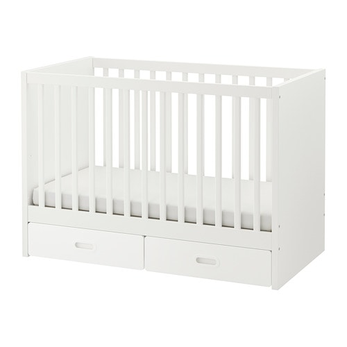 Babybedje babykamer