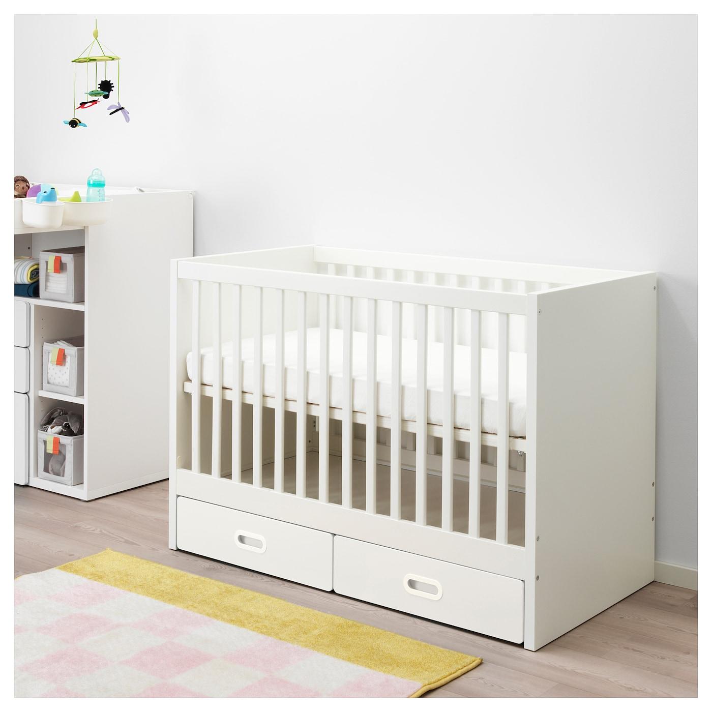 STUVA / FRITIDS babybedje met lades wit 126 cm 66 cm 86 cm 60 cm 120 cm 20 kg