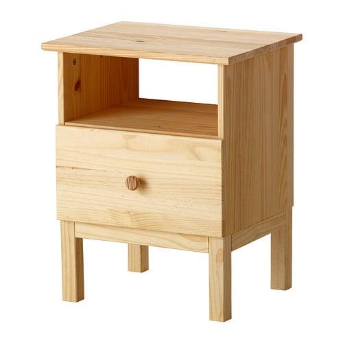 TARVA Nachttafeltje IKEA Gemaakt van massief hout, een slijtvast en ...