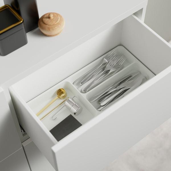 BESTÅ Oppbevaringskomb m dør/skuffer, hvit/Riksviken/Stubbarp lys bronseeffekt, 120x42x74 cm