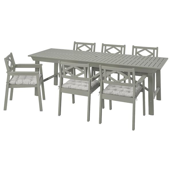 BONDHOLMEN bord + 6 stoler m armlener, utend gråbeiset/Kuddarna grå