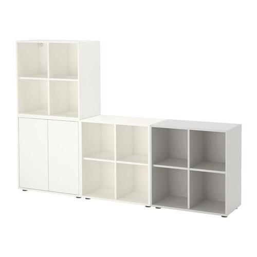 EKET Skapkombinasjon med f?tter IKEA En asymmetrisk ...