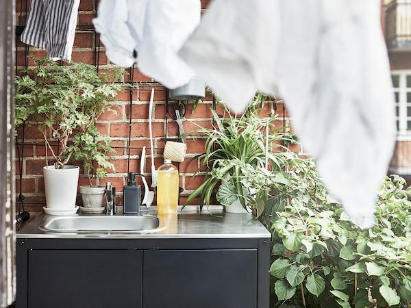 GRILLSKÄR Oppvaskkum, svart/rustfritt stål utendørs, 86x61 cm