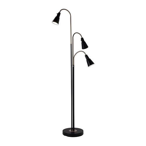 KVART Gulvlampe med 3 spotlys IKEA Du kan skru lampene på og av hver for seg og rette lyset dit du vil.