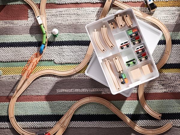 LILLABO 45-delers togsett med skinner