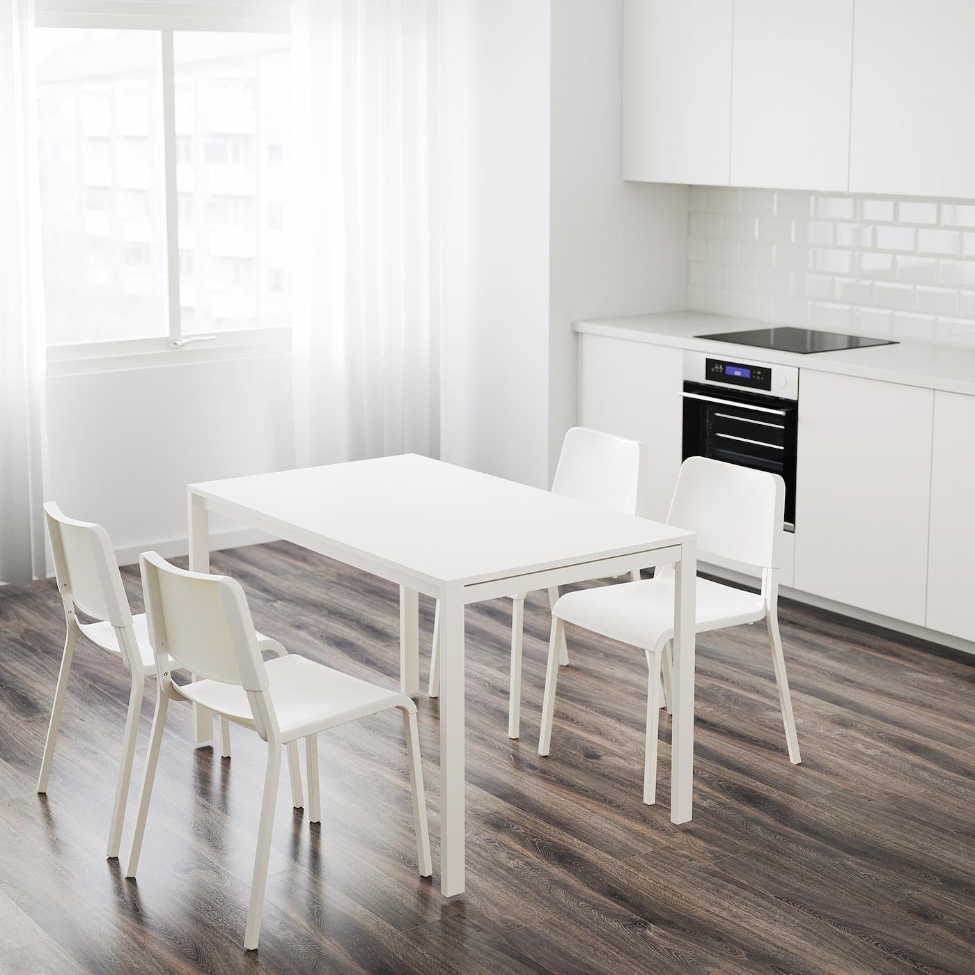 MELLTORP TEODORES Bord og 4 stoler hvit IKEA