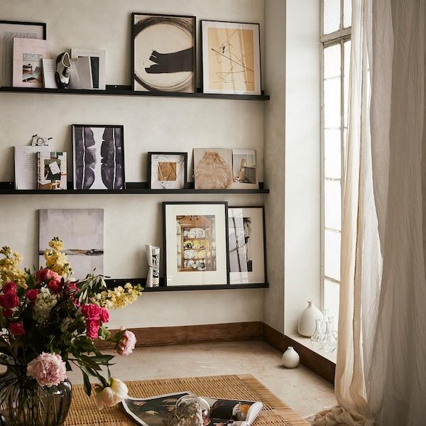 MOSSLANDA Bildehylle, svart, 115 cm