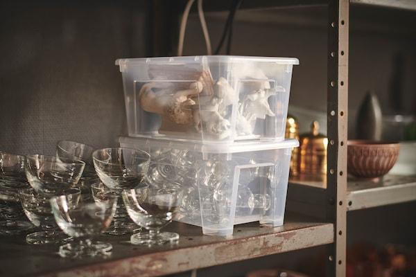 SAMLA Kasse med lokk, transparent, 28x20x14 cm/5 l