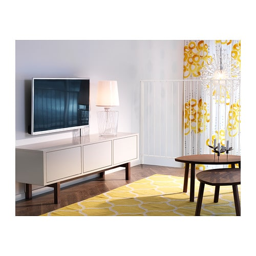 hva kan jeg bruke som tv benk foreldreportalen. Black Bedroom Furniture Sets. Home Design Ideas
