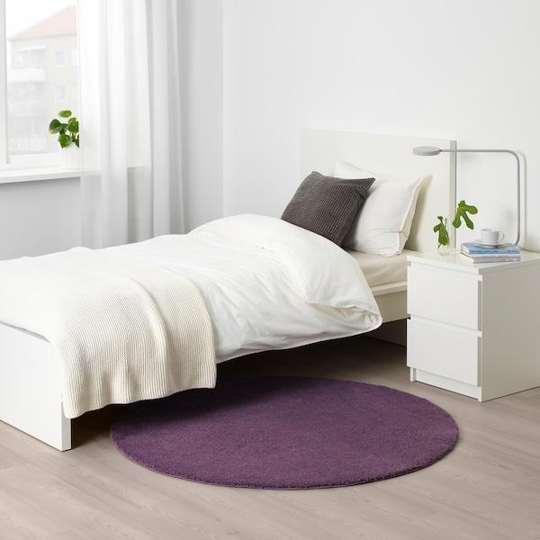 STOENSE teppe, kort lugg purpur 130 cm 18 mm 1.33 m² 2560 g/m² 1490 g/m² 15 mm