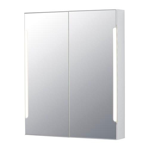 STORJORM Speilskap 2 dør/integrert belysning IKEA LED-lyskilden bruker cirka 85 % mindre energi og varer 20 ganger lenger enn glødepærer.