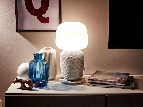 SYMFONISK Trådløs bordlampehøyttaler, hvit