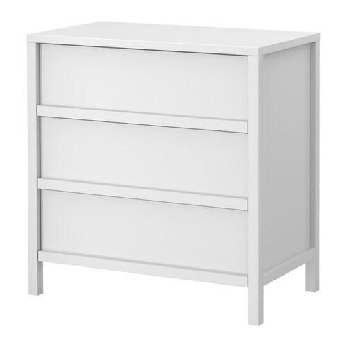TRONDHEIM Kommode med 3 skuffer IKEA Ekstra romslige skuffer - mer plass til oppbevaring. Skuffene som er enkle å åpne og lukke har uttrekksstopp.