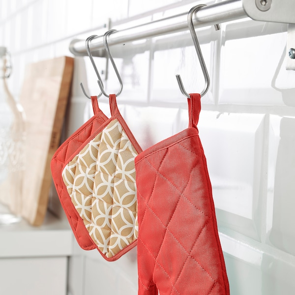 SOLGLIMTAR Oven glove, red