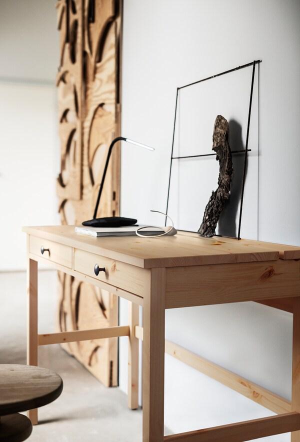HEMNES Schreibtisch mit 2 Schubladen, hellbraun, 120x47 cm