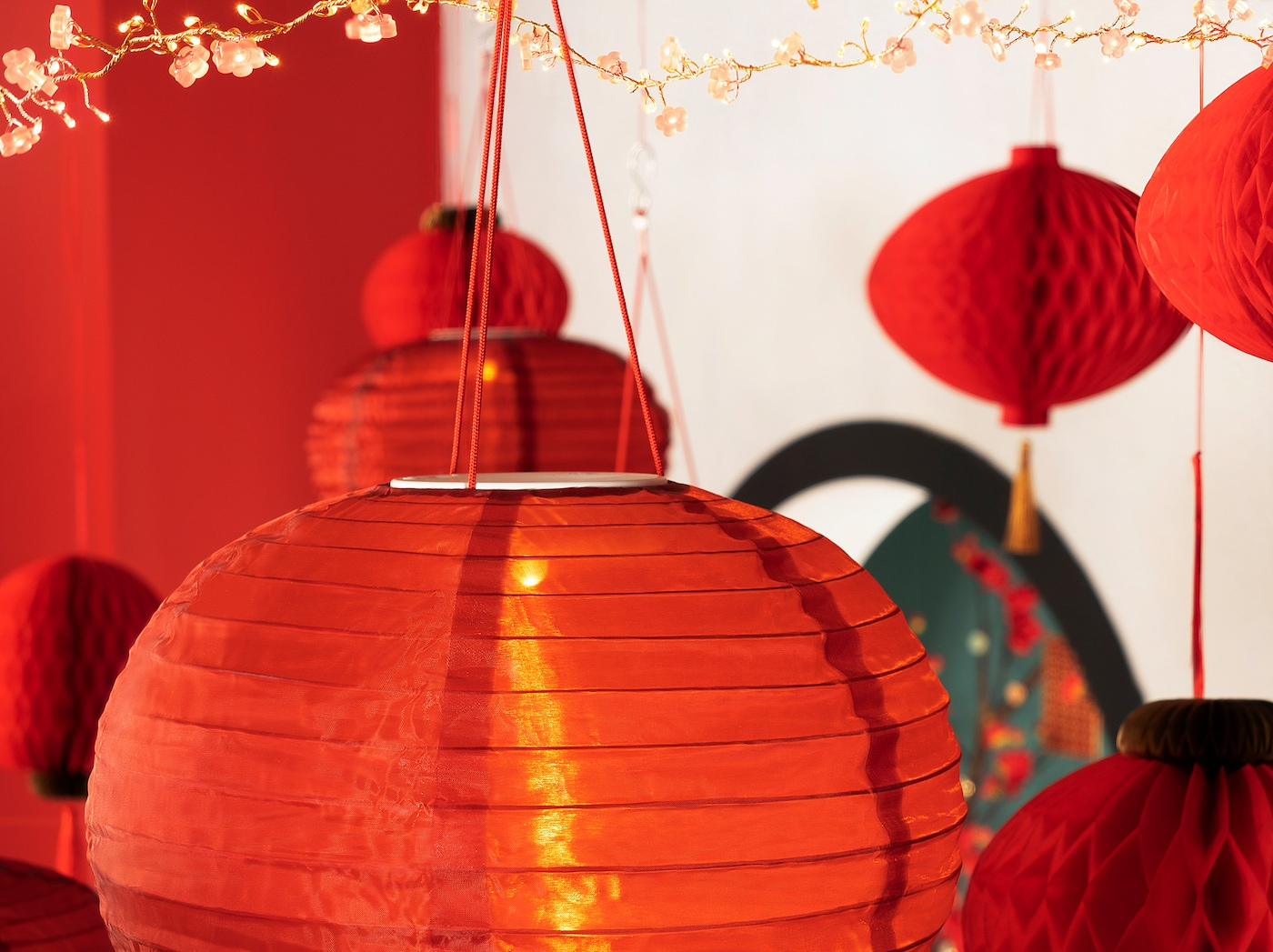 SOLGLIMTAR LED lantern, battery-operated/red