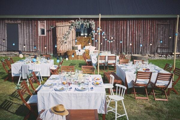 ÄPPLARÖ Stół, ogrodowy, brązowa bejca, 140x140 cm