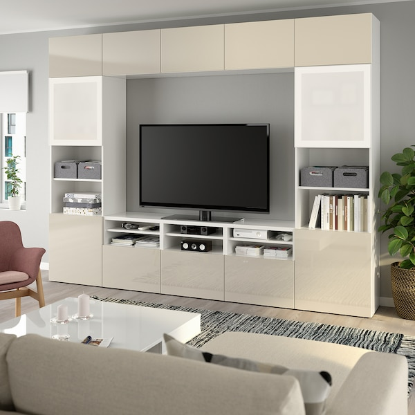 BESTÅ Kombinacja na TV/szklane drzwi, biały/Selsviken wysoki połysk/ beż szkło matowe, 300x40x230 cm
