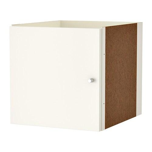 KALLAX Wkład z drzwiami IKEA Wkład posiada wykończenie z tyłu, dzięki czemu ładnie wygląda w przegrodzie pokoju. Łatwo złożyć.