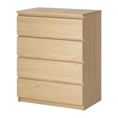 MALM Komoda, 4 szuflady IKEA Płynnie wysuwane szuflady z blokadą Jeśli chcesz utrzymać w środku porządek, możesz wykorzystać zestaw 6 pudełek SKUBB.