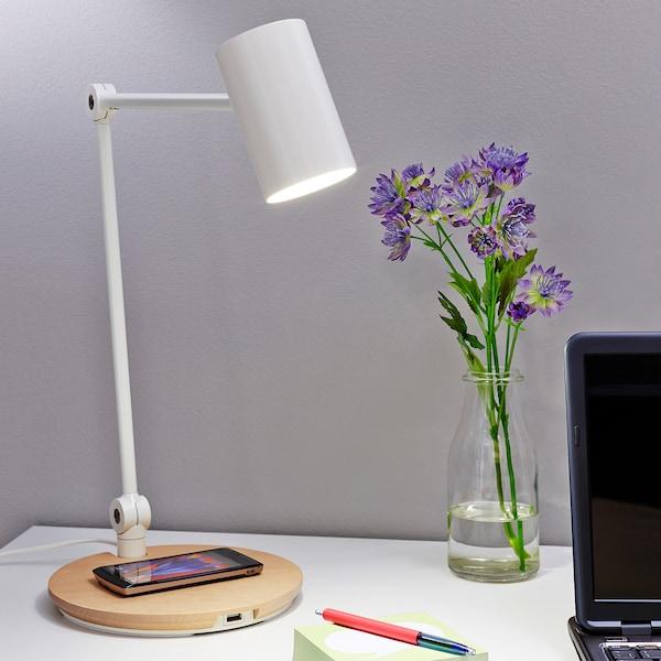 RIGGAD Lampa LED z ładowarką indukcyjną, biały
