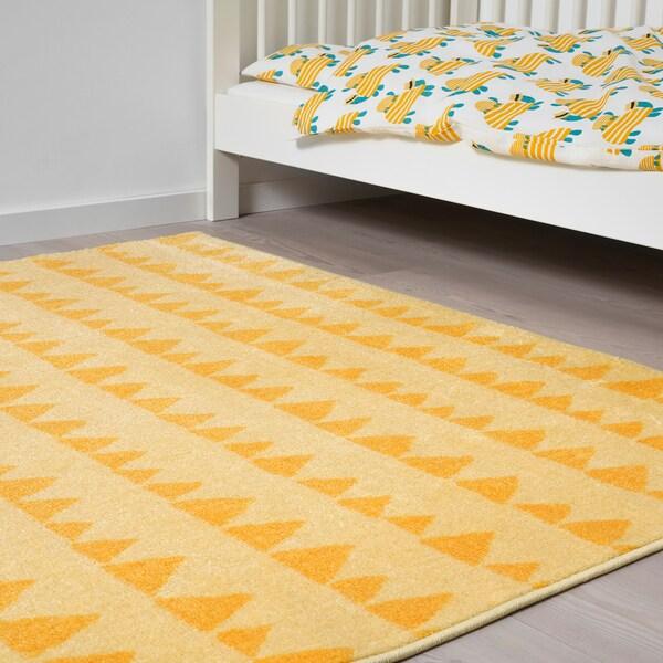 RÖRANDE dywan trójkąt 160 cm 133 cm 2.13 m²