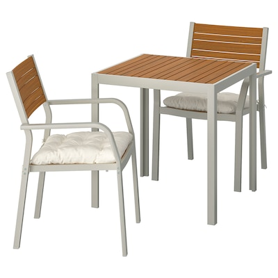 SJÄLLAND Stół + 2 krzesła z podł, ogrodowe, jasnobrązowy/Kuddarna beżowy, 71x71x73 cm