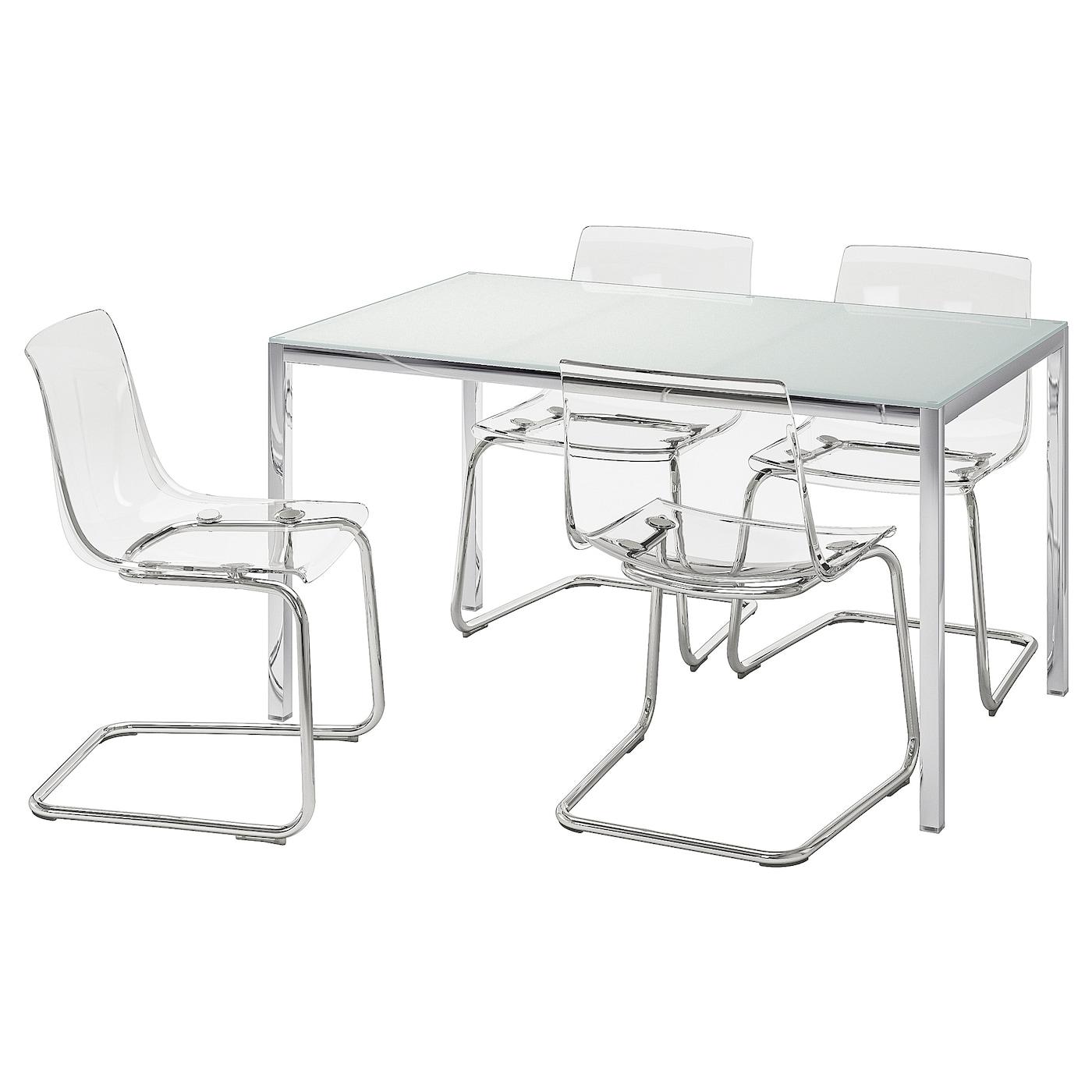 IKEA TORSBY biały stół z czterema przezroczystymi krzesłami TOBIAS, rozmiar blatu 135x85 cm