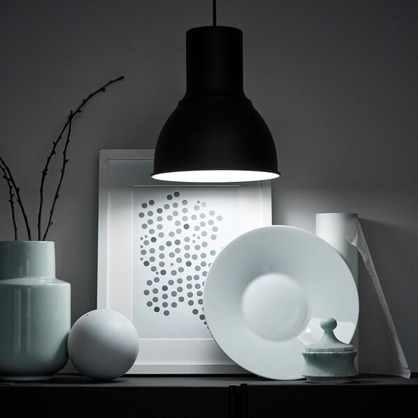 TRÅDFRI żarówka LED E27 600 lumenów bezprzewodowy przyciemniany barwne i białe spektrum/kula opalowa biel 600 lm 2700 Kelwin 8.6 Wat