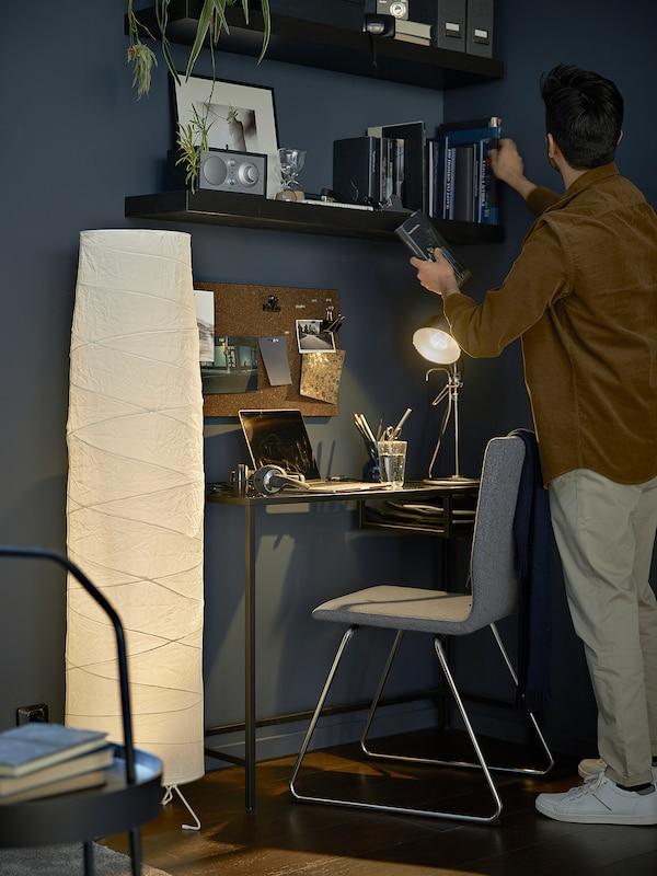 VITTSJÖ Stolik na laptop, czarnobrąz/szkło, 100x36 cm