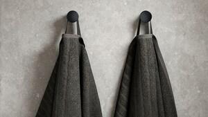 Wieszaki i haczyki na ręczniki