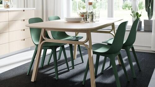 Zestawy stołów z 4 krzesłami