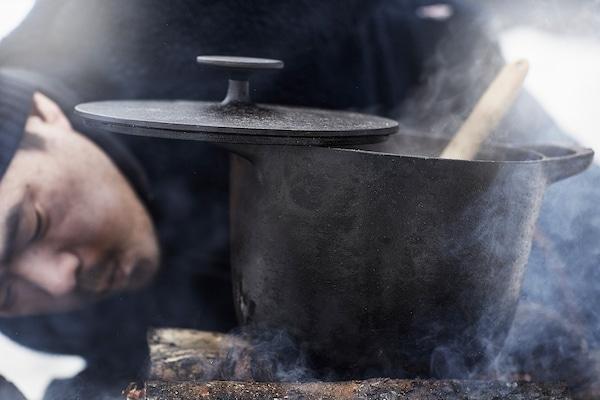 VARDAGEN Pot with lid, cast iron, 5 l