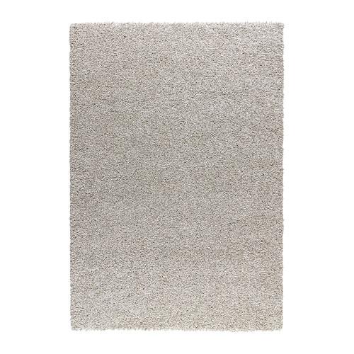 ALHEDE Tapete pelo comprido IKEA O pelo denso e espesso amortece o som e oferece uma superfície confortável para os seus pés.